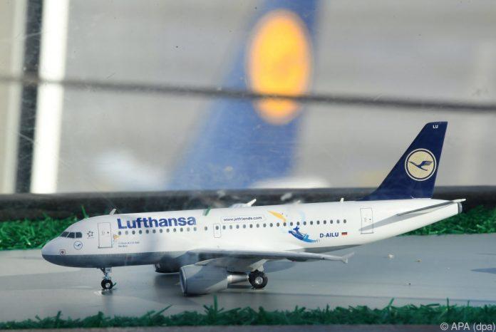 Höhere Nachfrage und niedrigere Kosten steigern Lufthansa-Gewinn
