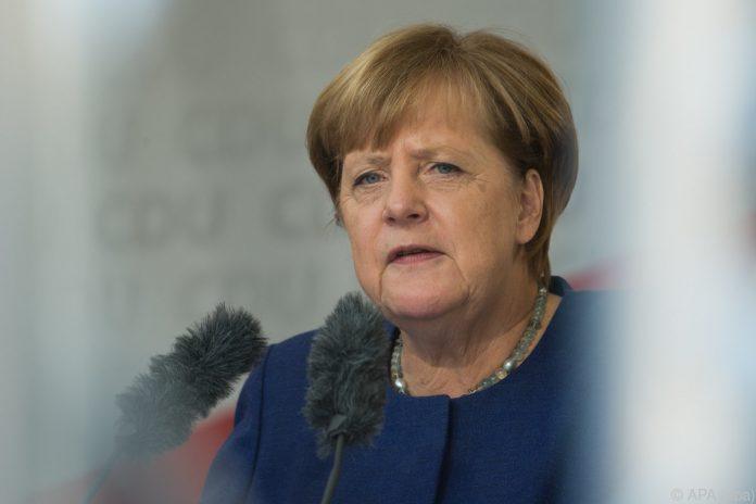 Unbekannte schicken weißes Pulver an Spitzenpolitiker