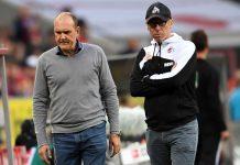 Das langjährige Erfolgsduo mit Sportchef Schmadtke (l.) und Trainer Stöger muss den Weg aus der Krise finden.