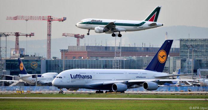 Offenbar 500 Millionen Euro geboten | Übernimmt Lufthansa jetzt auch Alitalia?