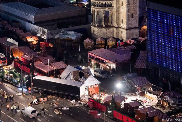 Medienbericht: V-Mann soll Islamistengruppe um Berlin-Attentäter Amri zu Anschlägen angestachelt haben