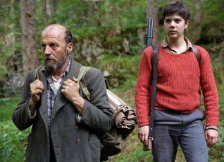 Wenn der Vater Pietro Sieff (Marco Paolini) mit dem Sohne Domenico (Leonardo Mason) auf die Pirsch geht.