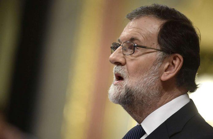 Auch Spaniens Regierungschef Mariano Rajoy blickt gebannt nach Katalonien und hat die dortige Regionalregierung aufgefordert zu sagen, was nun Sache sei.