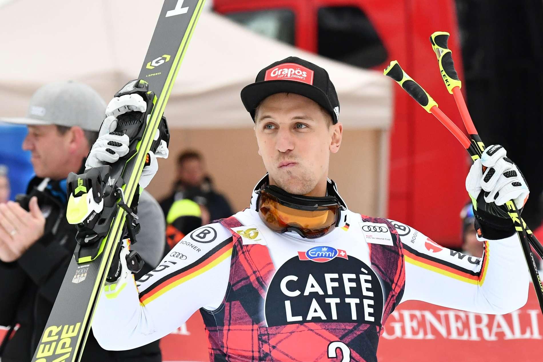 """""""Gewonnen — was muss ich jetzt machen?"""", fragte sich ein sichtlich überraschter Josef Ferstl nach seinem ersten Sieg im Ski-Weltcup."""
