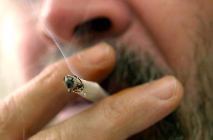 Geplantes Rauchverbot in Österreich auf der Kippe