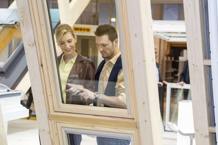 Die Wohnhaussanierung – etwa durch den Einbau neuer Fenster – steht im Fokus der Energiesparmesse.