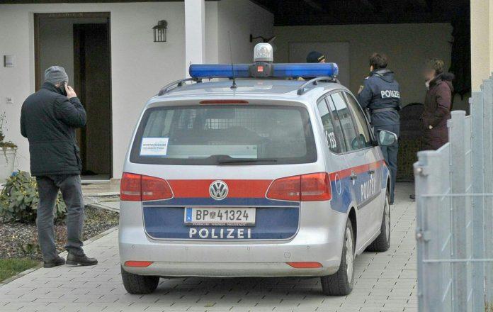 64-jährige Frau erwürgt, Sohn unter Verdacht