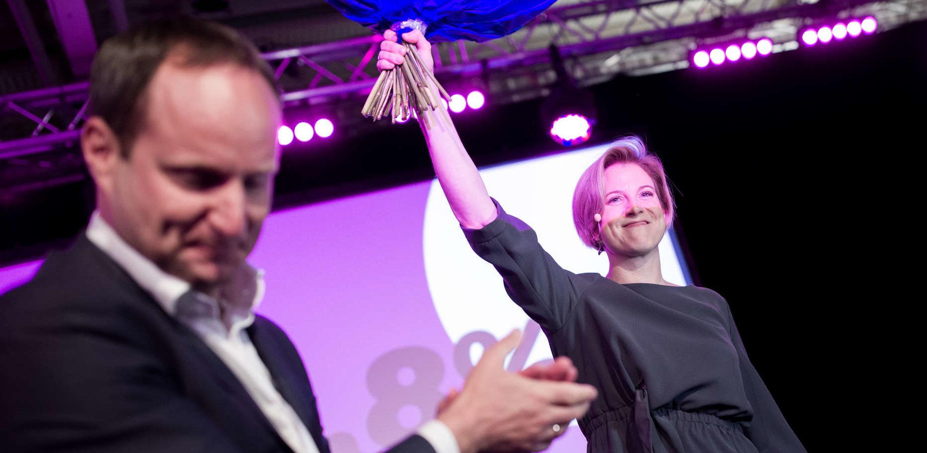 Parteigründer Strolz übergab die Führung der Neos an Meinl-Reisinger.