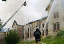 SALZBURG: GROSSBRAND IN DENKMALGESCHTZTEM EHEMALIGEN BAUERE
