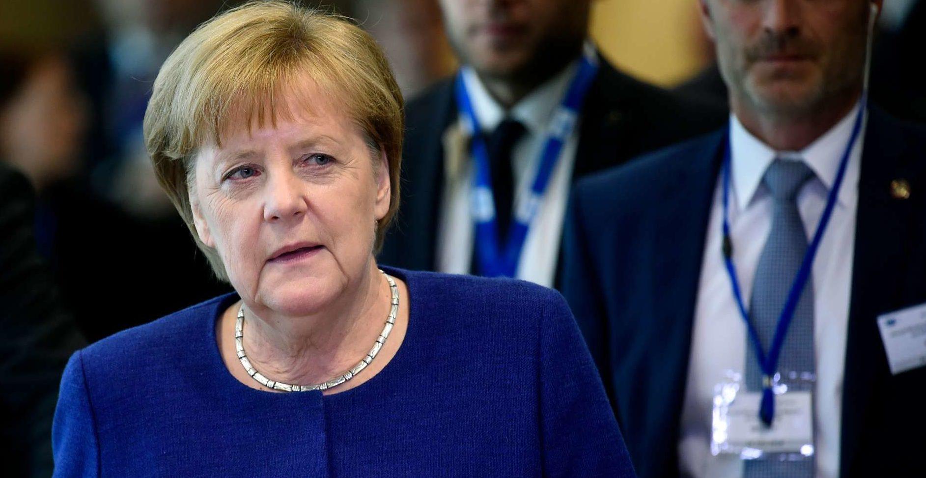 """""""Die Schlepper und die Flüchtlinge dürfen sich nicht aussuchen, in welchen EU-Ländern sie Asylanträge bearbeiten lassen. Wir müssen bestimmen, wer welche Aufgaben hat"""", sagte gestern Deutschlands Kanzlerin Angela Merkel nach dem Gipfel in Brüssel."""