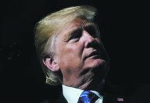 Kopfschütteln auf der weltpolitischen Bühne, aber US-Präsident Donald Trump muss sich zu Hause vorerst keine Sorgen machen. Dort ist die Zustimmung so hoch wie nie zuvor.
