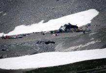 """Ein Oldtimer-Flugzeug vom Typ Junkers Ju-52, scherzhaft auch """"Tante Ju"""" genannt, stürzte am Samstag in der Schweiz ab. Dabei kamen 20 Menschen ums Leben. Auch zwei weitere Flugunglücke forderten Todesopfer."""