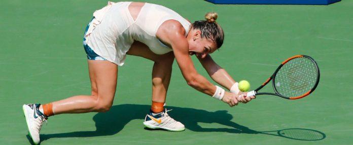 Der Schläger hatte überhaupt keine Chance, Simona Halep dann auch nicht. Die Rumänin unterlag in Runde eins.
