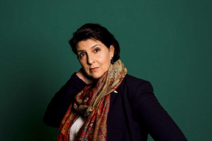 """Die in Vöcklabruck lebende Beate Maxian liest am 22. November in Seewalchen aus ihrem Roman """"Das Geheimnis der letzten Schäferin""""."""