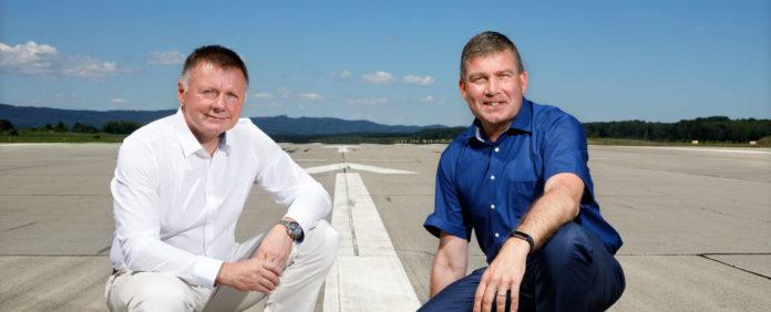 Wollen nach der Investition von 15,7 Mio. Euro in den Flughafen durchstarten: Direktor Ladislav Ondrich und Airline-Marketing Direktor Dieter Pammer