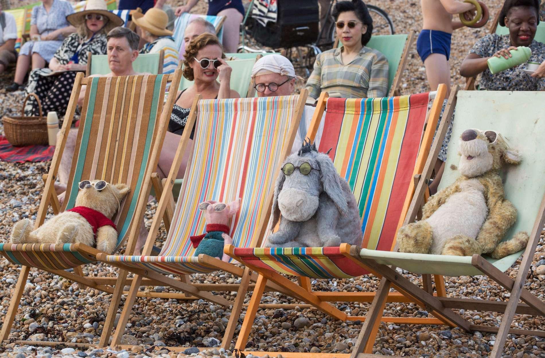 Auch Kuscheltiere brauchen mal eine Auszeit: Pu, Ferkel, I-Aah und Tigger im Urlaubsmodus.