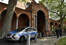Fundi-Bedrohung bremst Zulauf: Die in einer evangelischen Kirche eingemietete liberale Moschee in Berlin steht unter Polizeischutz.