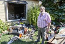 Zögerte keinen Augenblick und begab sich zusammen mit der Pflegerin in das brennende Haus: Bürgermeister Josef Leimer (60) rettete die hilflose Frau vor den Flammen.
