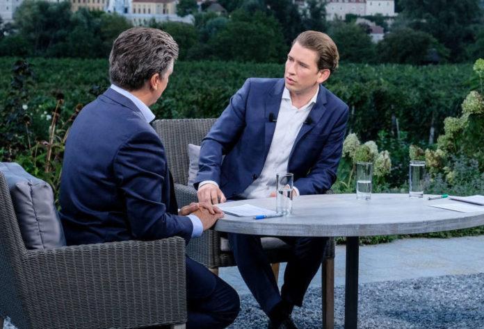 Der Abschluss der heurigen ORF-Sommergespräche: Nadja Bernhard und Hans Bürger im Gespräch mit Bundeskanzler Sebastian Kurz.
