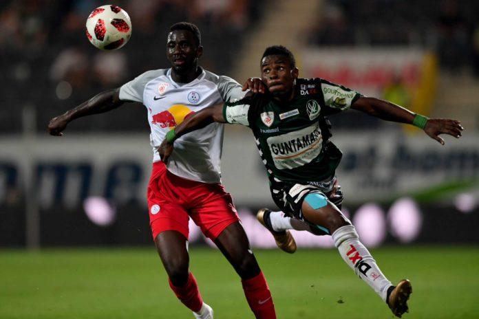 Goalgetter Edrisa Lubega (r.) wird sich gegen seinen Ex-Klub FAC besonders ins Zeug legen.