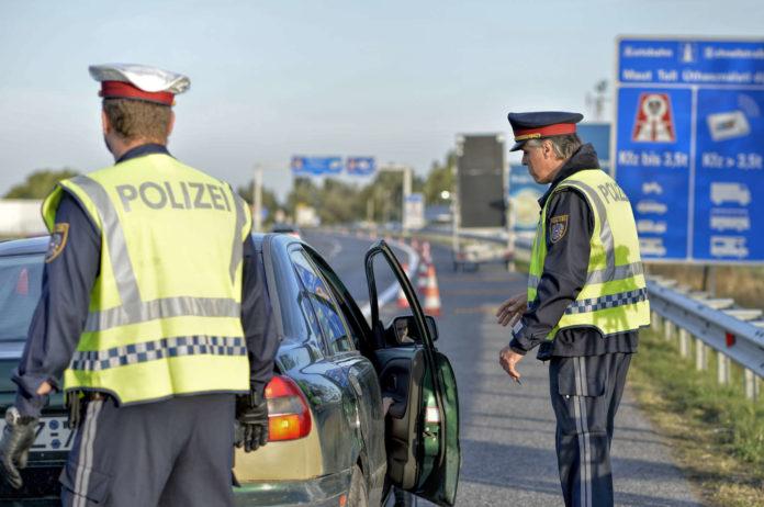 So grenzenlos ist der Schengenraum derzeit nicht: Neben Österreich und Frankreich haben auch die drei EU-Länder Deutschland, Dänemark und Schweden sowie das Nicht-EU-Land Norwegen bei der Einreise Kontrollen eingeführt.