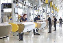 Mittlerweile sind beim Innviertler Luftfahrtzulieferer mehr als 3400 Mitarbeiter beschäftigt. Das Unternehmen will weiter wachsen.