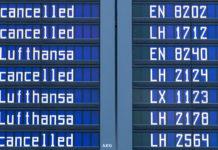 In den vergangenen Jahren ein bekanntes Bild auf deutschen Flughäfen: Annullierte Flüge vor allem wegen Streiks.