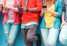 Fluch und Segen: Smartphones gehören für die junge Generation zum Alltag. Neben vielen praktischen Vorteilen, eröffnen sich damit aber auch Gefahren.