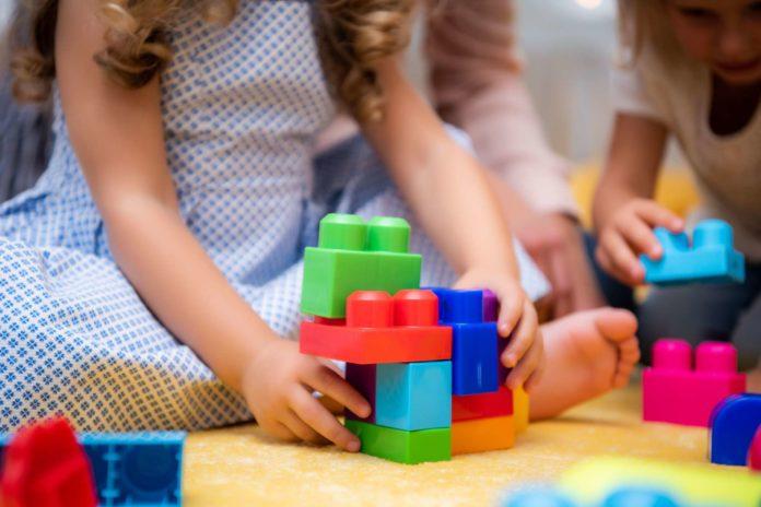 Die Ansichten der oberösterreichischen Landtagsparteien in Sachen Kinderbetreuung sind auf keinen gemeinsamen Nenner zu bringen.