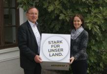 Im Einsatz für Steyr-Land: LAbg. Regina Aspalter und OÖVP-BPO NR-Abg. Johann Singer.