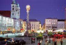 Der Linzer Hauptplatz ist schon jetzt ein beliebter Treffpunkt mit Kaffeehäusern und Märkten.