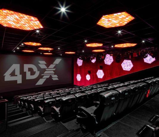 136 Besucher finden im mit 4DX ausgestatteten Saal 6 im Hollywood Megaplex in Pasching Platz — sofern sie größer als 1 Meter sind.