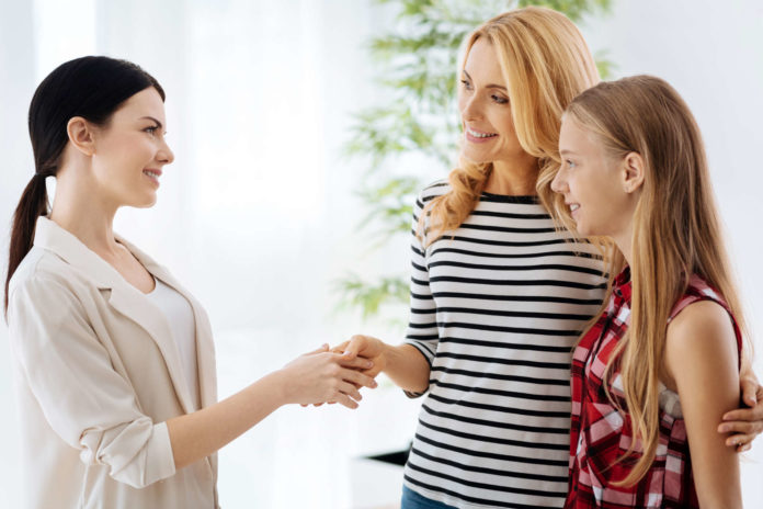 Bei der Potenzialanalyse gibt es neben dem Test auch ein Beratungsgespräch mit den Jugendlichen und Eltern.