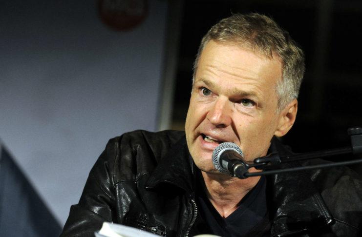 """Erfolgs-Autor Wolf Haas las in Linz aus seinem neuesten Buch """"Junger Mann""""."""