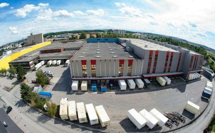 Das Logistik- und Distributionszentrum von C&A in Enns soll nun doch noch bis Ende 2020 fortgeführt werden.