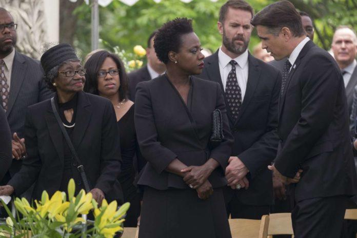 Der durchtriebene Politiker Jack Mulligan (Colin Farrell) kondoliert Veronica Rawlin (Viola Davis).