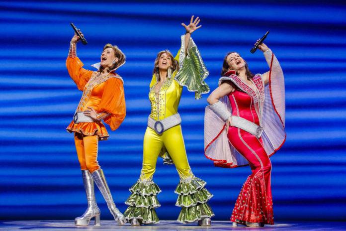 """Das Gastspiel """"Mamma Mia! — Das Musical"""" lockte 35.398 Besucher ins Musiktheater."""