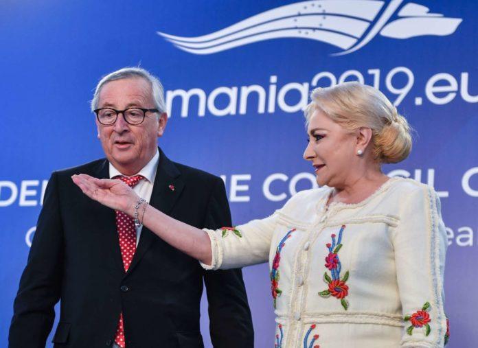 Problematischer EU-Vorsitz: Kommissionspräsident Juncker mit Rumäniens Regierungschefin Viorica Dancila.