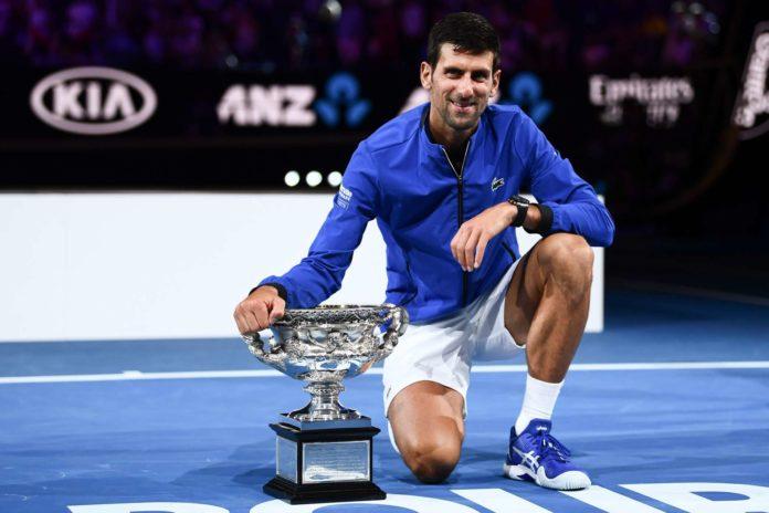 Novak Djokovic (links) bot im Endspiel der Australian Open Tennis zum Niederknien. Während der 31-jährige Serbe gegen Rafael Nadal bereits seinen siebten Melbourne-Triumph fixierte, war die 21-jährige Naomi Osaka (JPN, rechts) erstmals erfolgreich. Die Weltranglisten führen beide an.