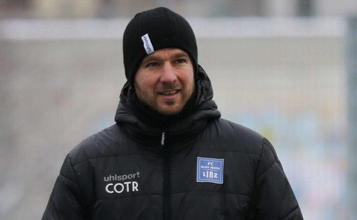 Bei den Linzer Blau-Weißen hat zumindest vorläufig Ex-Co-Trainer Ernö Doma das Sagen.