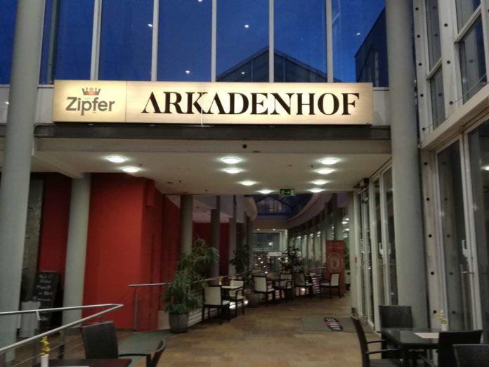 Bereits geschlossen: Der Arkadenhof in der Arkade am Linzer Taubenmarkt. Insgesamt sechs Lokalitäten sind von der Insolvenz betroffen.