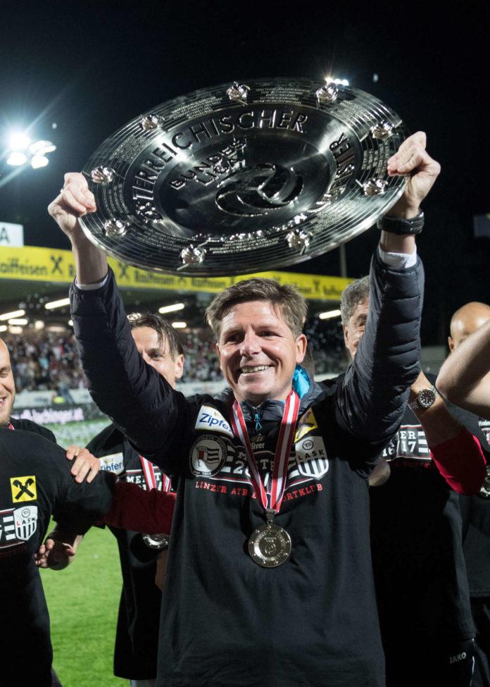 Vor vier Jahren trat Oliver Glasner sein Amt beim LASK an, 2017 folgte der Meistertitel in Liga zwei, nun zieht es ihn in die deutsche Bundesliga zum VfL Wolfsburg.