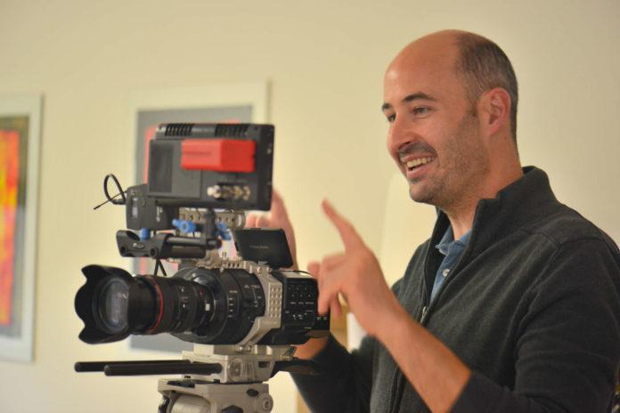 Filmemacher Markus Kaiser-Mühlecker bei der Arbeit.