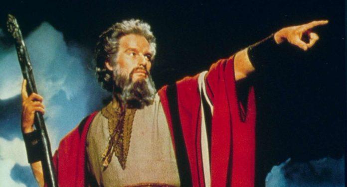 """Charlton Heston im Klassiker """"Die zehn Gebote"""""""