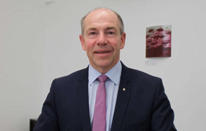"""""""Es ist notwendig, dass eine Oberösterreicherin im EU-Parlament sitzt"""", sagt Agrarlandesrat Max Hiegelsberger."""