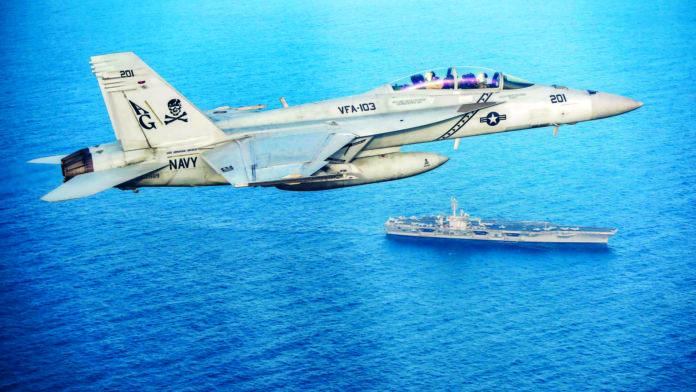 BildtextUS-Kampfjets waren gestern schon in der Luft, ehe Trump den Angriffsbefehl zurückzog.