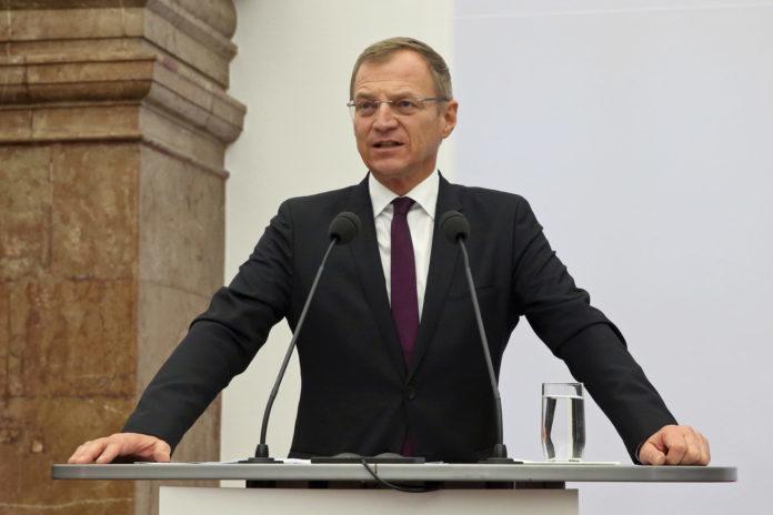 Die Oberösterreicher vertrauen LH Thomas Stelzer.