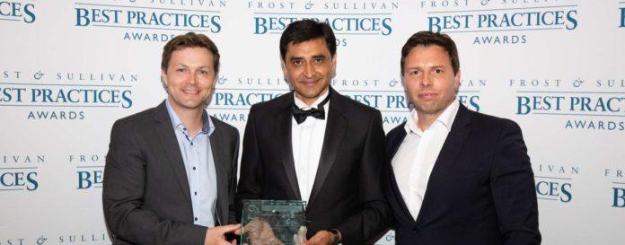 kl. Bild (v. l.): Markus Kreisel (Kreisel Electric), Sarwant Singh (Frost & Sullivan) und Gernot Friedhuber (Kreisel Electric)