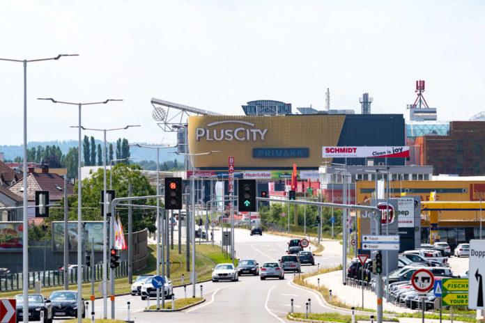 Erst im Jahr 2016 war die PlusCity in Pasching um 140 Mio. Euro ausgebaut worden.