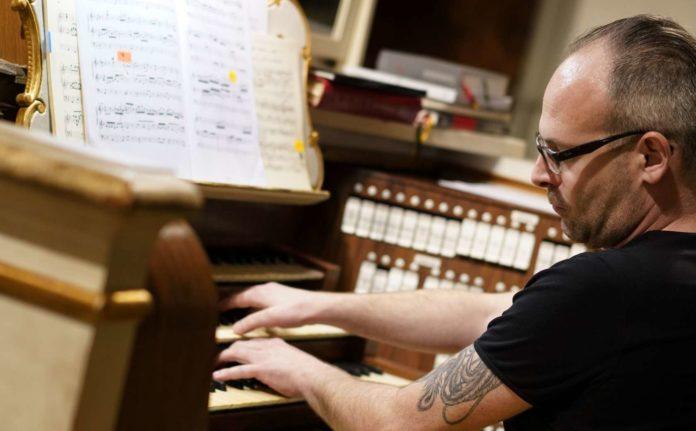 Die Orgelnacht in der Stiftsbasilika begeisterte.